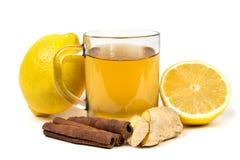 Tè con il limone, la cannella e lo zenzero Fotografie Stock