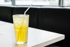 Tè del crisantemo del ghiaccio Fotografie Stock Libere da Diritti