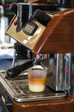 Tè del latte, macchina del tè fotografie stock libere da diritti