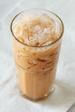 Tè del latte su fondo bianco Fotografia Stock Libera da Diritti