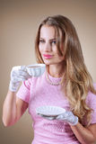 Tè della bevanda della donna elegante Fotografia Stock