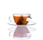 Tè della frutta con la bustina di tè su bianco Fotografia Stock Libera da Diritti