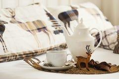 Tè della prima colazione al Natale Fotografia Stock