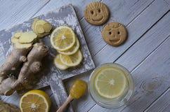 Tè dello zenzero con il limone ed il miele Immagini Stock Libere da Diritti