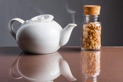 Tè di camomilla fresco Fotografia Stock Libera da Diritti