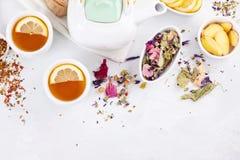 Tè di erbe sano Antiossidante, disintossicazione e bevanda di rinfresco fotografia stock