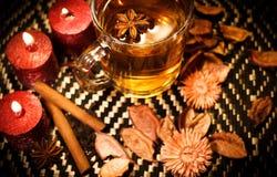 Tè di Natale con le spezie Immagini Stock Libere da Diritti