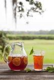 Tè dolce alla sosta Immagini Stock Libere da Diritti