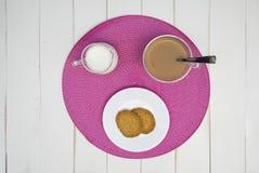 Tè e biscotti caldi di pomeriggio III Immagine Stock Libera da Diritti