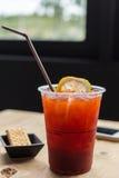 Tè e limone ghiacciati Immagini Stock Libere da Diritti