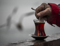 Tè e sigaretta Fotografia Stock