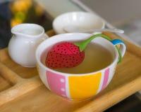 Tè in tazza Immagini Stock Libere da Diritti