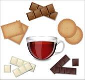 Tè in tazza di vetro con i dolci Fotografia Stock