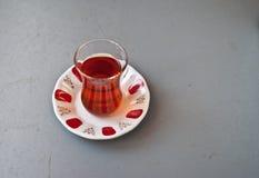 Tè turco in vetro tradizionale Fotografie Stock Libere da Diritti