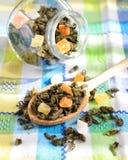 Tè verde con la frutta secca Fotografia Stock Libera da Diritti
