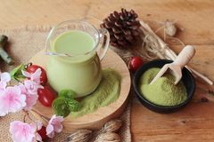 Tè verde di Matcha e polvere del tè verde Fotografia Stock