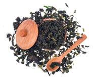 Tè verde organico del gelso di erbe su fondo bianco Fotografia Stock