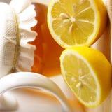 Té avec du miel et le citron Photo libre de droits
