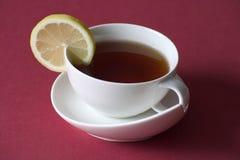 Té avec le citron images stock