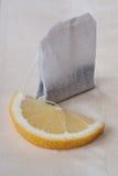 Té con el limón Fotos de archivo libres de regalías