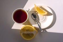 Té con el limón Fotos de archivo