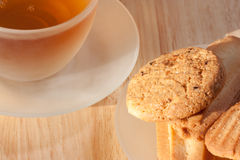 Té con las galletas Fotografía de archivo libre de regalías