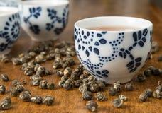 Té con las tazas de té Imagen de archivo libre de regalías