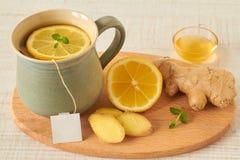 Té del limón con la miel y el jengibre Imagenes de archivo