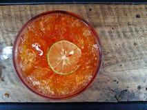 Té del limón del hielo Fotos de archivo libres de regalías
