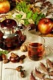 Té del otoño, aún vida con té Imagenes de archivo