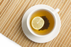 Té negro con el limón Foto de archivo libre de regalías