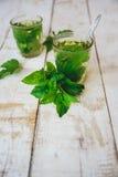 Té verde de la menta Fotos de archivo