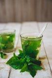 Té verde de la menta Fotos de archivo libres de regalías