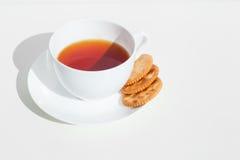 Té y galletas Imagen de archivo libre de regalías