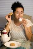 Té y galletas Foto de archivo