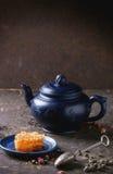 Té y miel Imágenes de archivo libres de regalías