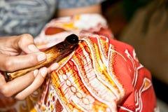Técnica do Javanese do Batik. Indonésia. foto de stock