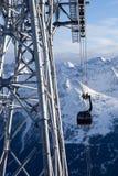 Téléphérique dans les alpes Photographie stock libre de droits