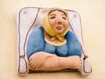 Téléphone Aviv Neve Tsedek la sculpture en céramique 2011 en portrait Image libre de droits