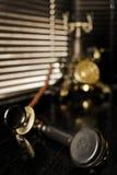 Téléphone de cru - scène de Noir de film Images libres de droits