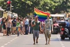 téléphone de fierté de défilé homosexuel d'aviv Image libre de droits