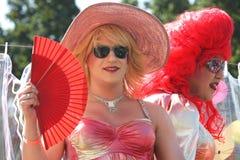 téléphone de fierté de défilé homosexuel d'aviv Photos libres de droits