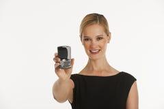 téléphone de fixation de cellules d'affaires vers le haut de femme Photos stock