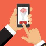 Téléphone intelligent de prise de main Application de la livraison en ligne de fleur Photos libres de droits