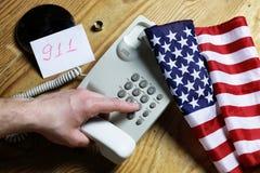 Téléphonez à domestique sur le concept en bois de fond de l'urgence 911 Photos libres de droits