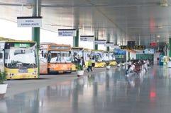 Término de autobuses Imagenes de archivo