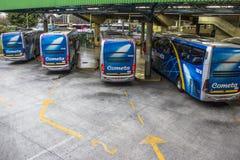 Término de autobuses foto de archivo