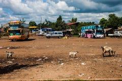 Término de autobuses en Pakse Imágenes de archivo libres de regalías