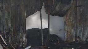 Término do fogo chama na construção filme