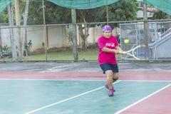 Tênis do jogo exterior foto de stock royalty free